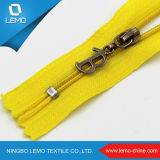 Separating Types of Canada Nylon Zippers for Bag