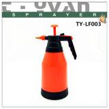 Wholesale 1.5L Colorful Plastic Hand Pump Garden Sprayer Water Manual Pressure Sprayer