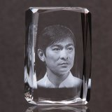3D Laser Crystal Glass Engraving Photo Cube for Promotion Gifts