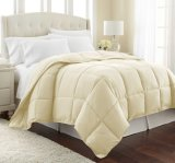 Super Soft Microfiber and Box Stitched Queen Size Microfiber Quilt
