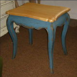 Antique French Style Vintage Side Table (BOW-01)