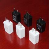 5V 1A 5W Power Charger Charging Adapter Au EU UK Us Plug RoHS UL Ce FCC Approvals