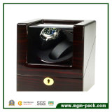 Glossy Lacquered Wooden Automatic Watch Winder
