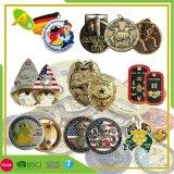 China Customized Wholesale Fashion Business Promotion Item Novelties Christmas/Wedding/Birthday/PVC/Tourist/Plastic Metal Souvenir Keychain Promotional Gifts