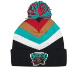2016 Fashion Knitted Winter Warm Cap Beanie Hat with Embroidery