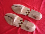Adjustable Durable Natural Lotus Wooden Shoetrees