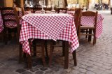 100% Polyester Tablecloth in Wholesale Cheap Price (DPF10790)
