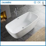 Channing Hot Sell European Market Hot Tub Cheap Acrylic Freestanding Bathtub Soaking Tub Bath (QT-D005)