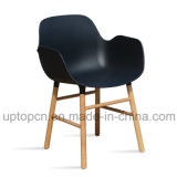 Wholesale Plastic Chair with Solid Wood Legs for Restaurant Used (SP-UC535)