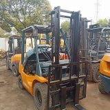 Used 2.5ton Toyota Fd25 Counterbalanced Diesel Powered Forklift Cheap Sale