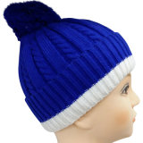 Knitted Beanie in Two Tones NTD1642