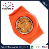 Hot Sale Promotion Gift Silicone Sport Slap Squartz Fashion Watch (DC-700)