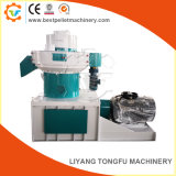 Top Manufacturers Wood Chip Sawdust Bio Pellet Press Machine (MZLV560)