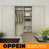Oppein Modern White Built-in Sliding Melamine Wooden Wardrobe (YG16-M05)