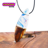Factory Diect Sale Epoxy Wood Resin Pendant Necklace Wooden Jewelry