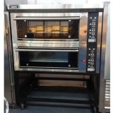 Electric Deck Oven with 2 Deck 4 Trays