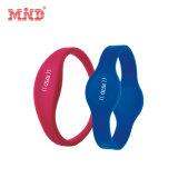 Custom Logo Design Items China Personalized RFID Lf Hf Silicone Wristbands