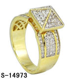 New Designs 925 Sterling Silver Micro Setting Lady Ring Gold Plating.