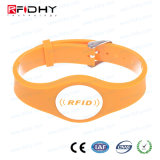 Silk Screen Printing I Code PVC RFID Wristband for Advertisement