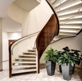 Villa House Customized Curved Stairs Solid Wood Stairs with Steel Railing