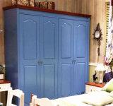 Hight Quality Customized High Glossy Finish Wooden Wardrobe