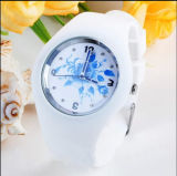 Plastic Flower Simple Green Product Decorate Watch