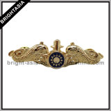 Cool 3D Gold Lapel Pin with Enamel (BYH-10662)
