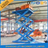 Vertical Hydraulic Scissor Cargo Lifting Equipment in Warehouse