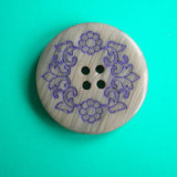 4 Holes New Design Polyester Button (S-079)