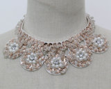 Women Fashion Jewelry Sequin Pearl Choker Necklace Collar (JE0141)