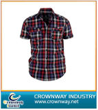 Men′s Short Sleeve Shirt with Checkered Pattern
