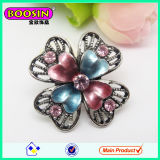 China Wholesale Classical Custom Rhinestone Flower Brooch