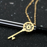 Roman Numeral Engraved Women′s Sun Flower Key Pendant Sweater Necklace