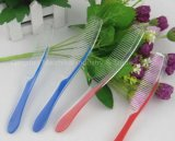 Plastic Comb Hotel Disposable Product From Qingdao Maizhikai Industry