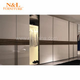 2017 Walk in Closet Furniture Wooden Glass Sliding Bedroom Wardrobe