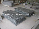 Yunnan Green Granite Poland Style Tombstone with Competitive Price