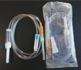 Medical Sterile Infusion Set with Stainless Steel Puncture Device, Sterile IV Set with Needle