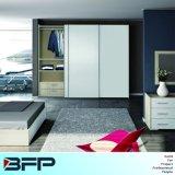 High Quality Wooden Wardrobe Cabinet Sliding Doors
