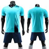 2020 Cheap Blank Custom Logo Design Soccer Jersey Striped Football Team Wear for Men