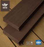 Factory Price Solid Rotproof WPC Decking