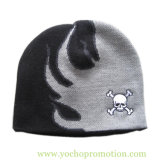 100% Acrylic Jacquard Winter Beanie Knitted Cap Knitted Hat with Embriodery Skull Logo