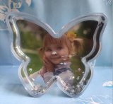 OEM Butterfly Shaped Plastic Photo Snow Globe for Deco
