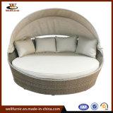 Classic on Sale Rattan Round Bed Garden Furniturefor Outdoor (WF050049)