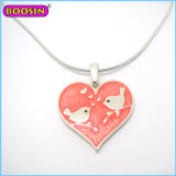Hot Selling Alibaba Heart Jewelry Design Necklace with Kiss Lovers