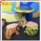 Decorative Frog Shapped Fiberglass Artificial Crafts Cartoon Sculptures