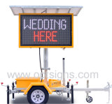 Traffic Trailer Mounted Fulll Matrix Color Sign Mobile Solar LED Variable Message Board