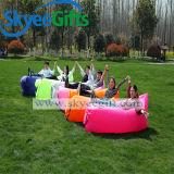 上の新しい考えの屋外広告の空気ソファー