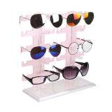 As vendas por atacado personalizaram a cremalheira de indicador acrílica dos óculos de sol da fileira dobro