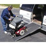 AluminiumAutoteil-rutschfeste Rollstuhl-Rampe (220540-220510)