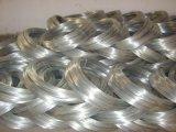 ワイヤーハンガーを作るための2.8mm 3.8mmの厚さの電流を通された鋼線